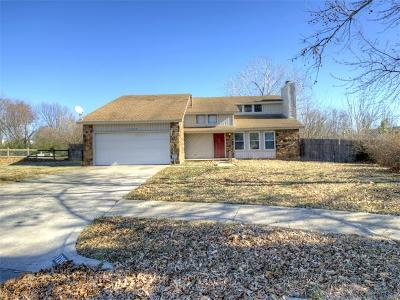 Owasso Single Family Home For Sale: 12009 E 88th Place N