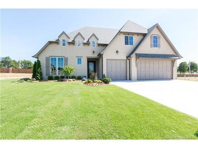 Jenks Single Family Home For Sale: 516 E 130th Place
