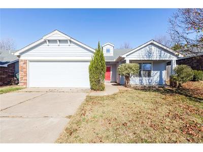 Owasso Single Family Home For Sale: 9531 E 97th Street North
