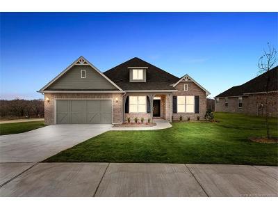 Broken Arrow Single Family Home For Sale: 8212 S 13th Street