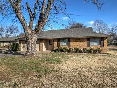 Bixby Single Family Home For Sale: 11827 S 83rd East Avenue