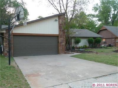 Broken Arrow Single Family Home For Sale: 1404 S Oak Avenue