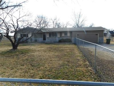 Skiatook Single Family Home For Sale: 6250 W Rogers Boulevard
