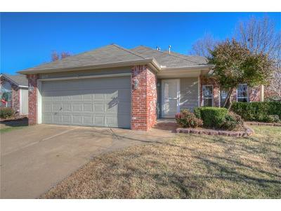 Broken Arrow Single Family Home For Sale: 617 S Magnolia Avenue