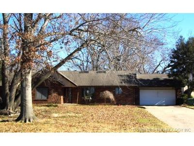 Broken Arrow Single Family Home For Sale: 10109 S 198th East Avenue