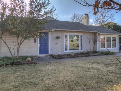 Tulsa Single Family Home For Sale: 2304 S Delaware Court