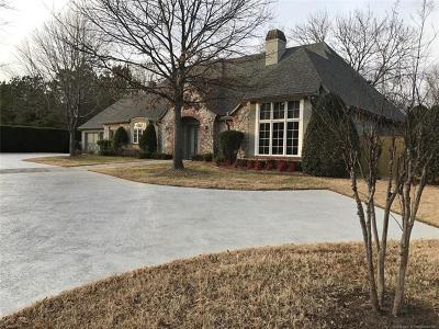 Tulsa Single Family Home For Sale: 10006 S Braden Avenue