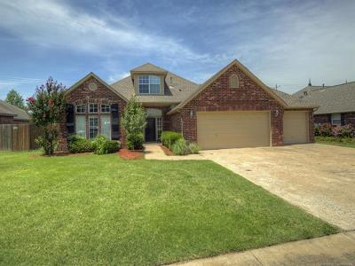 Osage County, Rogers County, Tulsa County, Wagoner County Single Family Home For Sale: 9910 N 114th East Avenue
