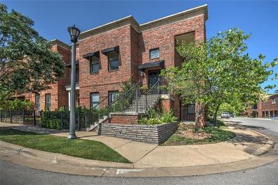 Tulsa Condo/Townhouse For Sale: 702 S Owasso Avenue #B-13