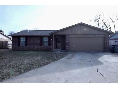 Glenpool Single Family Home For Sale: 522 E 138th Place