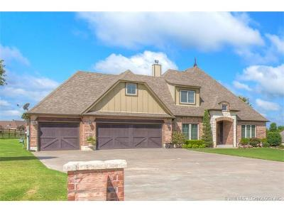 Claremore Single Family Home For Sale: 19470 S Pecan Ridge Circle