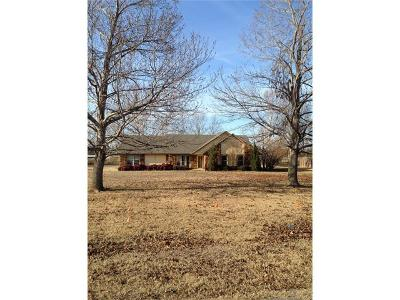 Catoosa Single Family Home For Sale: 622 Ft Spunky Road