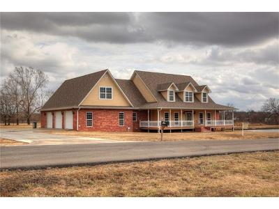 Tahlequah Single Family Home For Sale: 825 Windle Lane