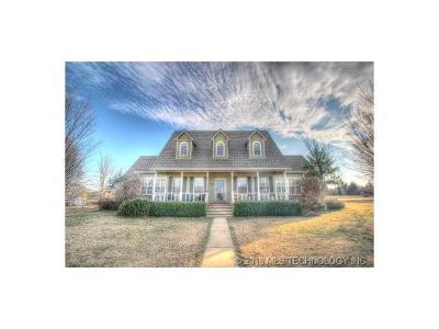 Owasso Single Family Home For Sale: 18626 Ashford Lane
