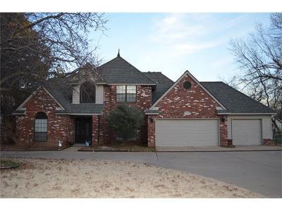Broken Arrow Single Family Home For Sale: 6705 S 5th Street