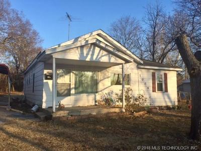Tahlequah OK Single Family Home For Sale: $58,500