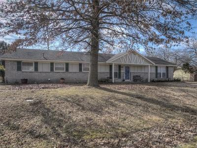 Claremore Single Family Home For Sale: 23312 S Cypress Street
