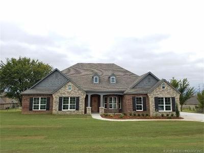 Owasso Single Family Home For Sale: 8706 N 66th East Avenue