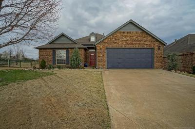 Claremore Single Family Home For Sale: 26415 Belvedere Drive