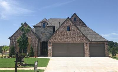 Jenks OK Single Family Home For Sale: $344,500