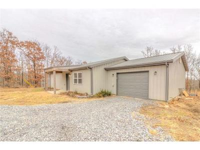 Fort Gibson OK Single Family Home For Sale: $130,000