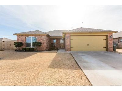 Collinsville Single Family Home For Sale: 13058 E 133rd Place N