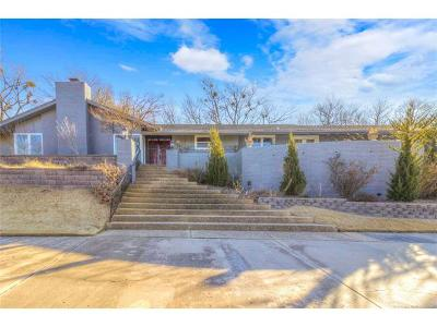 Tulsa Single Family Home For Sale: 6245 S Knoxville Avenue