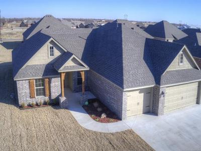 Collinsville Single Family Home For Sale: 13775 N 131st East Avenue