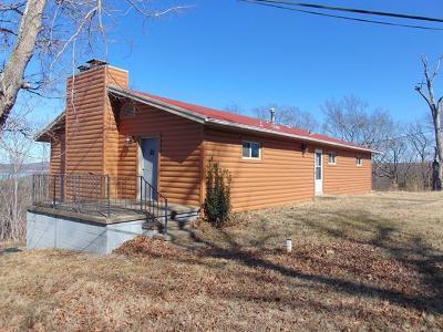 Cookson OK Single Family Home For Sale: $155,000