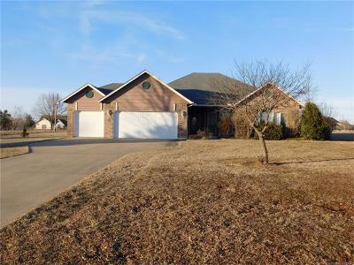 Claremore Single Family Home For Sale: 10797 E Canyon Oaks Road