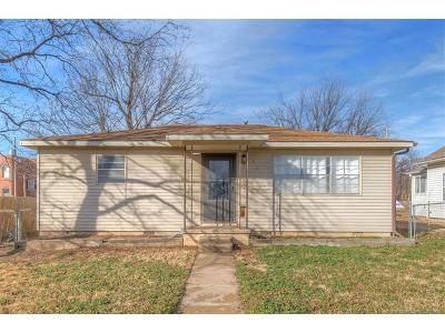 Collinsville Single Family Home For Sale: 618 N 12th Street