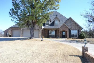Collinsville Single Family Home For Sale: 15611 N 102nd East Avenue