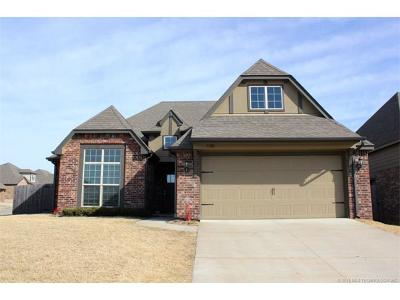 Bixby Single Family Home For Sale: 13303 S 21st Street