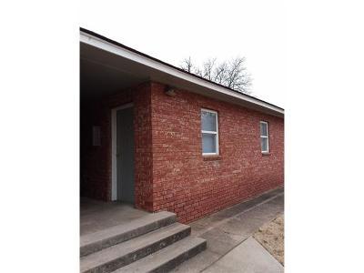 Rental For Rent: 827 E Shawnee Street #C