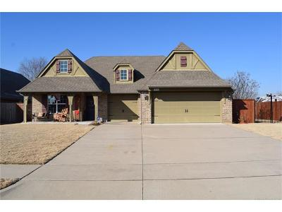 Jenks Single Family Home For Sale: 10910 S Olmsted Street