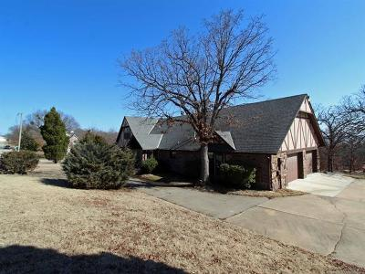 Sapulpa Single Family Home For Sale: 2223 Surrey Lane