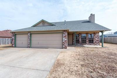 Collinsville Single Family Home For Sale: 12633 N 130th East Avenue