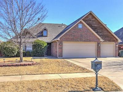 Owasso Single Family Home For Sale: 8807 N 143rd East Avenue