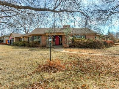 Tulsa Single Family Home For Sale: 3142 E 34th Street