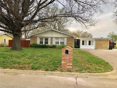 Claremore Single Family Home For Sale: 1329 N Dorothy Avenue