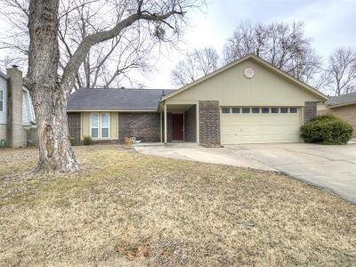 Claremore Single Family Home For Sale: 620 S Maywood Drive