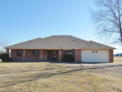 Tahlequah Single Family Home For Sale: 14239 W 825 Road