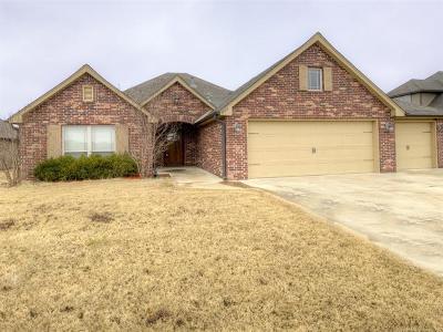 Owasso Single Family Home For Sale: 8314 N 74th East Avenue