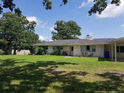 Fort Gibson OK Single Family Home For Sale: $141,500
