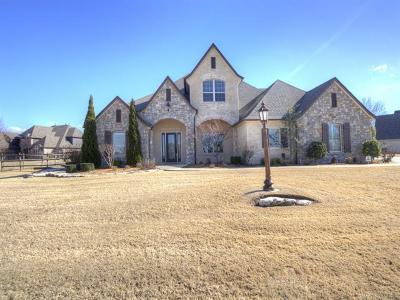 Owasso Single Family Home For Sale: 7089 Greenbriar Drive