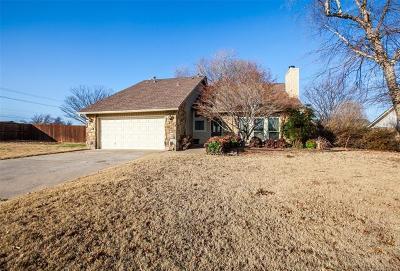 Tulsa Single Family Home For Sale: 8113 E 75th Street