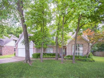Broken Arrow Single Family Home For Sale: 3909 W Nashville Street