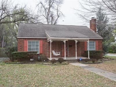 Tulsa Single Family Home For Sale: 1504 E 36th Place S
