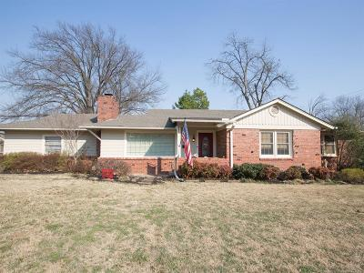 Tulsa Single Family Home For Sale: 2745 S Evanston Avenue