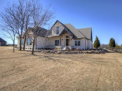 Owasso Single Family Home For Sale: 6734 Wilderness Loop